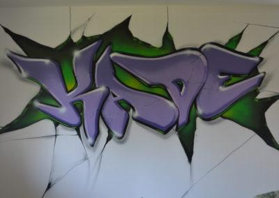 kade bedroom wall